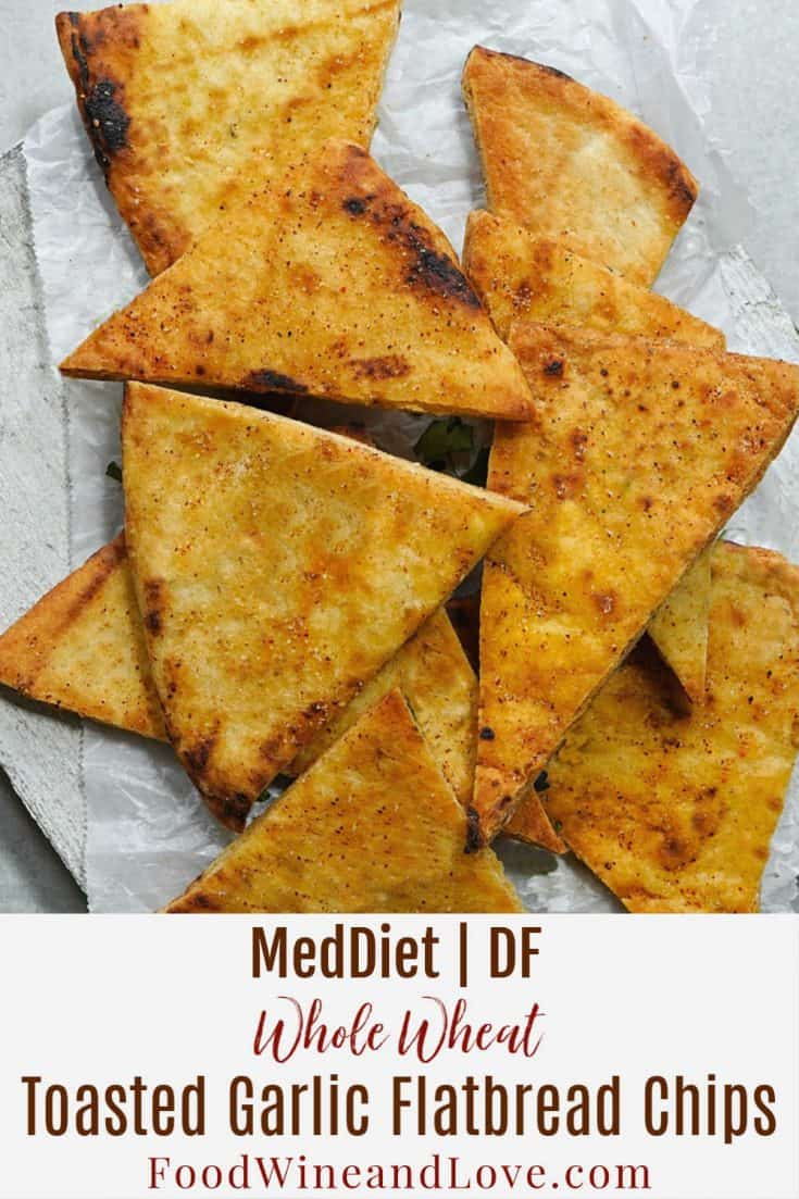 Whole Wheat Garlic Toasted Flatbread Chips #meddiet #Mediterranean #homemade #diy #snack #chips #easy #recipe #vegan