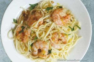 Garlic Shrimp Linguine Made with Wine