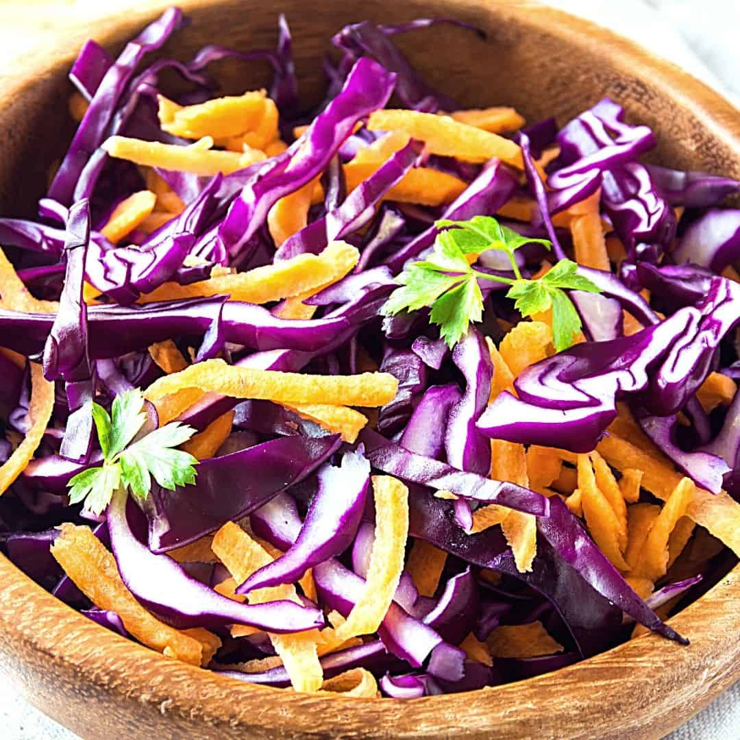 Red Cabbage and Carrot Coleslaw