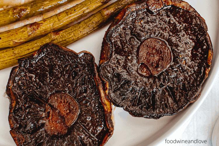 Portobello Steaks in Garlic Sauce