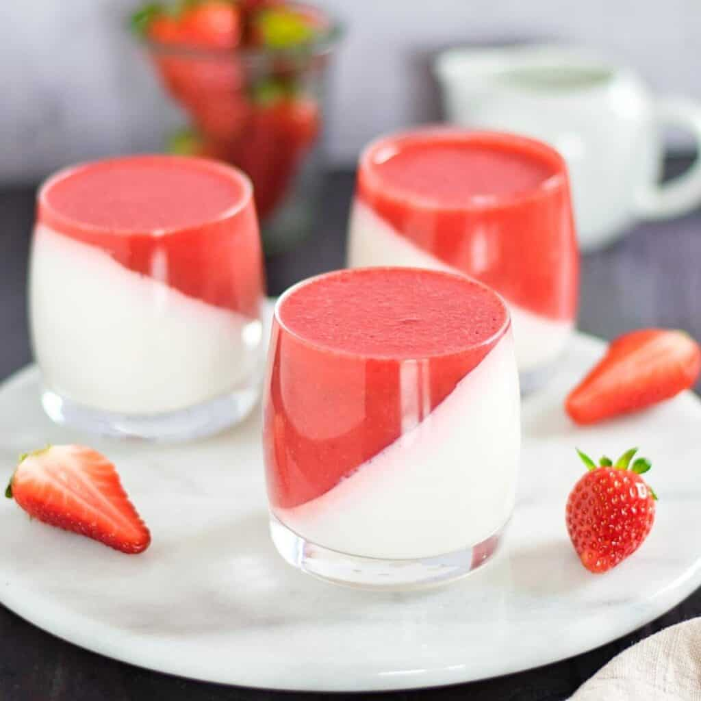 Panna Cotta in Strawberry Sauce
